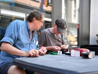 """Hasselt zet Repair Cafés zaterdag in de bloemetjes: """"Dankzij hen twee ton afval per jaar minder"""""""