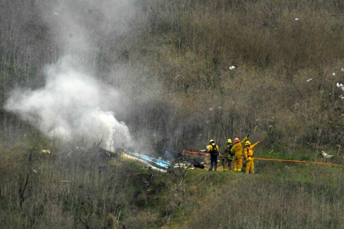 Het toestel spatte uit elkaar op een heuvel in Calabasas, ten westen van Los Angeles.