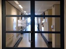 Ziekenhuizen hebben last van naweeën coronabesmetting; nog niet alle afdelingen kunnen worden heropend