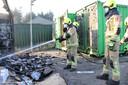 De brandweer ging vannacht naar de brandende container en moest vanochtend nog eens nablussen.