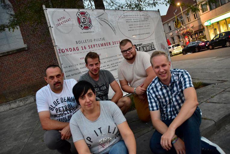 Benny Vanhee, Wendy Verbeke, Mathijs Boudry, Loritano Wylin en Mathias Demarcke van TSL Hulpdienstfotografie.