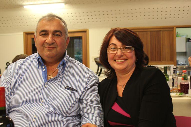 Arout Gougoulian met zijn echtgenote Janna. Beeld