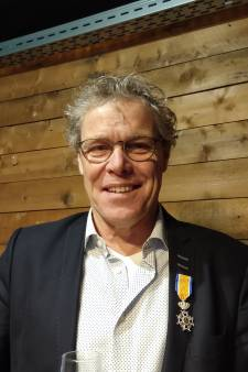 Oud-wethouder Van der Heijden onderscheiden