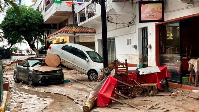 Dode en vermiste na doortocht orkaan Nora in Mexico