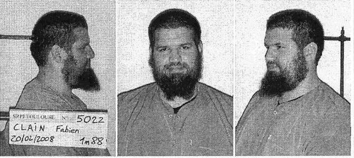 Fabien Clain, surnommé Omar, Abou Anas ou Abou Adam Al-Faransi était suivi par les les services antiterroristes français depuis 2001.