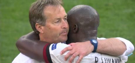 """L'étreinte entre Lukaku et l'entraîneur danois au coup de sifflet final: """"Je leur suis éternellement reconnaissant"""""""