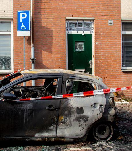Auto op invalidenparkeerplaats volledig verwoest: 'Had veel erger kunnen aflopen'