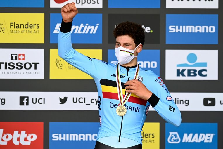 Alec Segaert haalde de bronzen medaille binnen op het WK tijdrijden.  Beeld Photo News