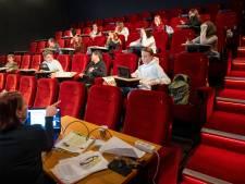 Scholieren Morgen College Harderwijk krijgen les in bios: geen James Bond maar vertaalopdracht Engels