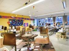 Ouders reageren boos en cynisch op schoolsluiting: 'Bij de eerste de beste tegenslag gooien we de scholen weer dicht'