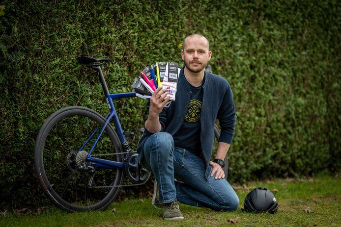Eric De Clercq is de man achter Isock: het Zeelse bedrijf dat hippe wielersokken op de markt brengt.