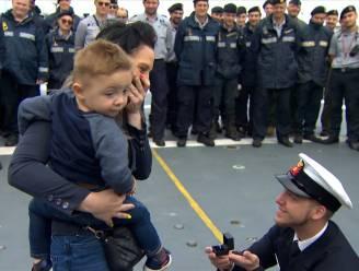 Van legerschip naar 'loveboat': drie (!) huwelijksaanzoeken bij aankomst Godetia