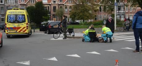 Fietser gewond na aanrijding met auto op Frederik Hendriklaan