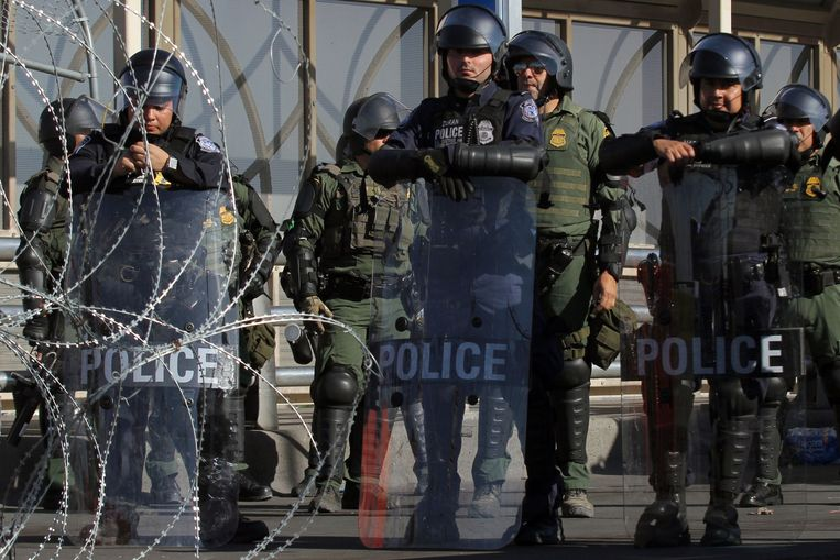 Amerikaanse grenspolitie in Mexico.