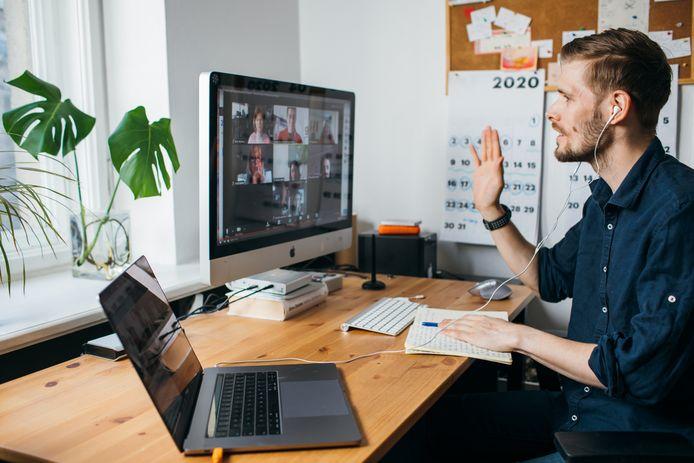 Wie interesse heeft in de bestuursfusie in het Zeeuws-Vlaamse onderwijs, kan vanaf thuis live meepraten tijdens een uitzending op YouTube.