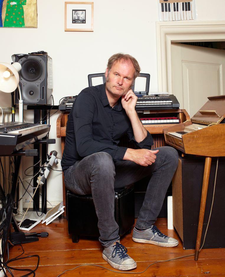Meindert Talma in zijn huis in Noordhorn. Beeld Daniel Cohen