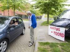 Abortuskliniek Houten baalt van aanhoudende protesten