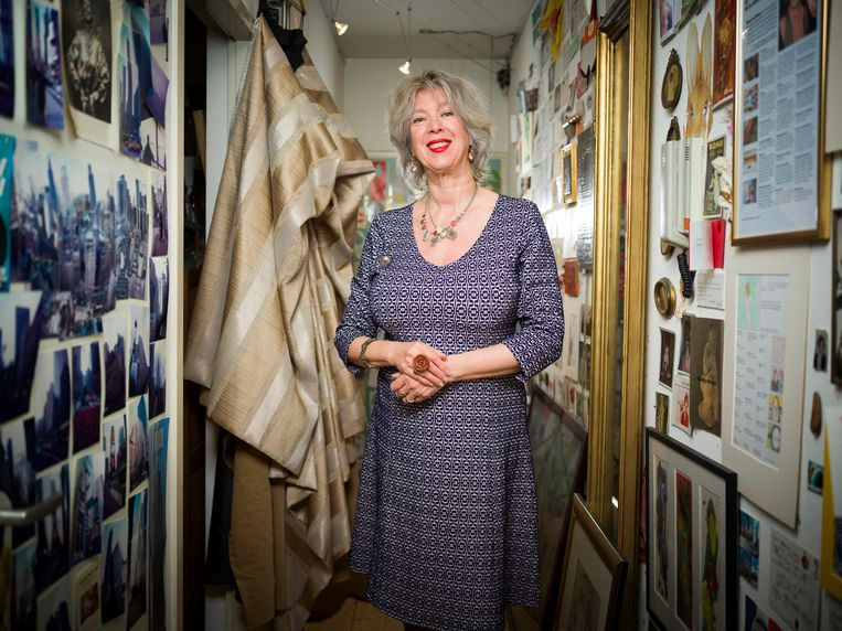 Anne-Rose Bantzinger, dochter van zangeres Jetty Paerl (Jetje van Radio Oranje) en tekenaar Cees Bantzinger. Beeld Merlijn Doomernik
