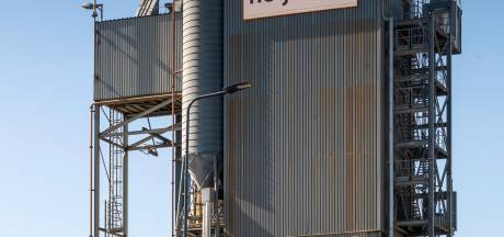 Keiharde eisen, Bossche politiek wil dat asfaltcentrale vertrekt