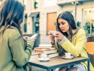 Opgelicht voor 780.000 (!) euro: dubbel zoveel Belgen werden vorig jaar slachtoffer van 'vriendschapsfraude'