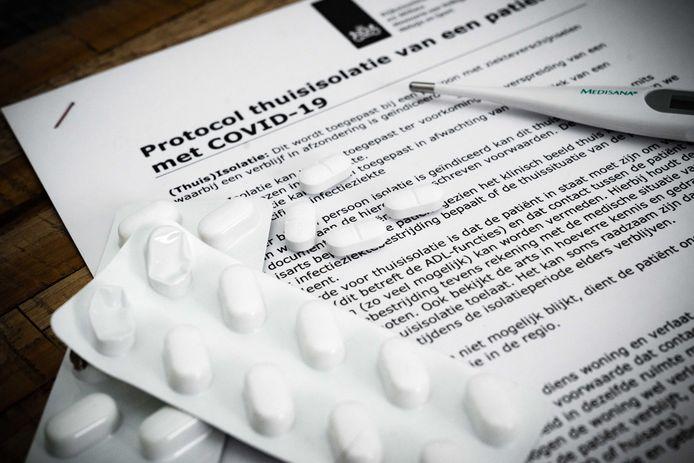 Het protocol voor thuisisolatie van patiënten besmet met het coronavirus. De besmette vrouw uit Helmond zit in thuisisolatie.