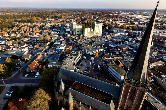 Luchtfoto van het centrum van Raalte.