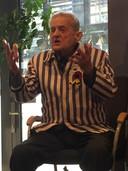 Igor Malickij praat met zijn handen.