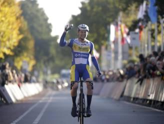 """Rune Herregodts behaalt eerste profzege in Ronde van Drenthe: """"Laatste kilometer was enorm genieten"""""""