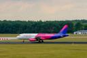 Wizzair vliegt nu al vanaf Eindhoven Airport en zou in de toekomst ook graag vanaf Lelystad Airport vliegen.
