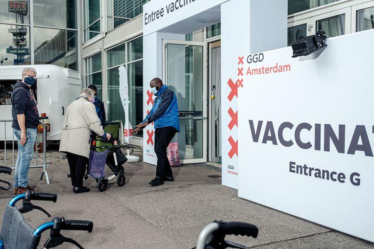 De vaccinatielocatie in de RAI Amsterdam.  Beeld Jakob van Vliet