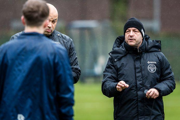 Willem II-coach Zeljko Petrovic (rechts).