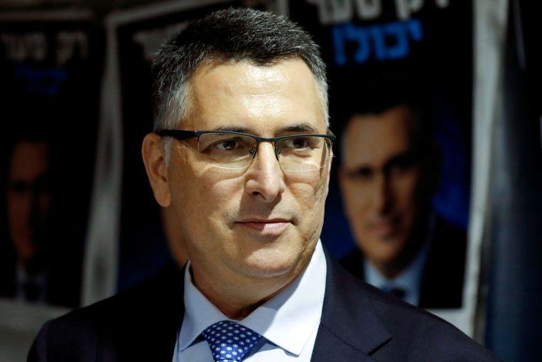 Gideon Sa'ar maakt kans om met zijn nieuwe partij Nieuwe Hoop de meeste stemmen te winnen in de aankomende Israëlische parlementsverkiezingen. Beeld Reuters