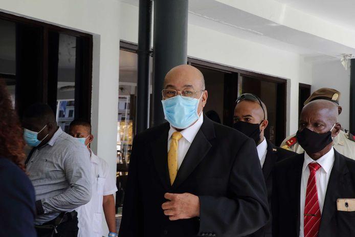 Bouterse bleef vandaag weg, maar de rechters hielden de reden van zijn afwezigheid voor zich.