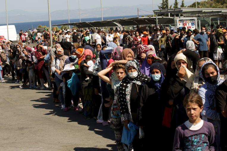 Vluchtelingen uit kamp Moria op Lesbos Beeld Getty Images