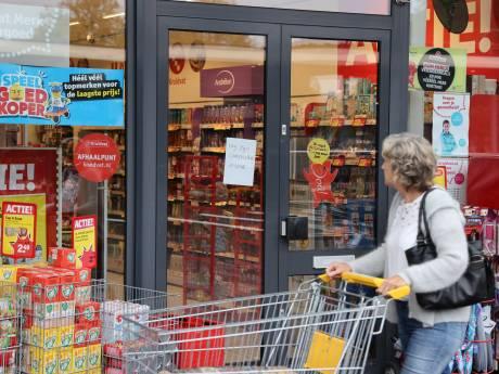 Overval op Kruidvat aan Bachplein in Zwolle: geen gewonden, omstanders praten over bedreiging met mes