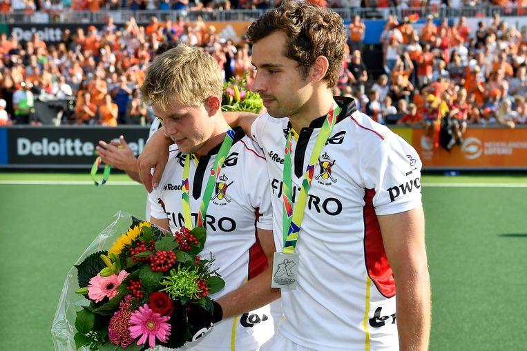 Bij de Red Lions waren er na de verloren EK-finale weinig lachende gezichten te bespeuren.  Beeld BELGA