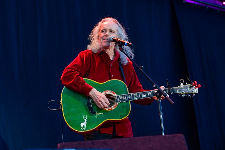 Donovan op het podium tijdens Peace to the World. Beeld Joel Hoylaerts / Photonews