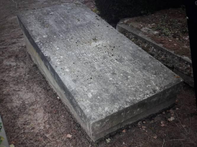 Nog even en het graf van Waalwijks burgemeester Moonen glanst weer: oproep vindt gehoor