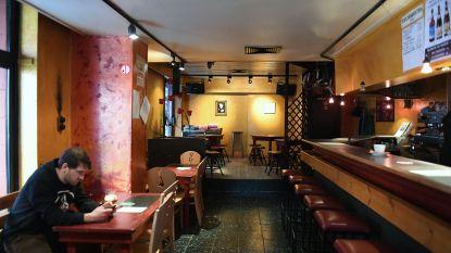 """Bruine kroeg De Libertad sluit deuren voor verbouwingen: """"Vernieuwd café, hotel en twee pop-ups in Salons Georges op komst"""""""