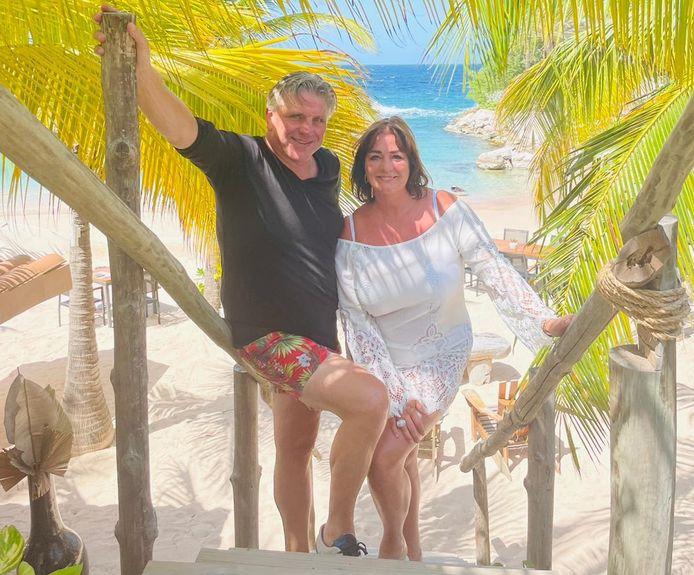 Jonnie en Thérèse Boer combineren het nuttige met het aangename op Curaçao: de voorbereidingen treffen voor een nieuwe vestiging en genieten van vakantie.