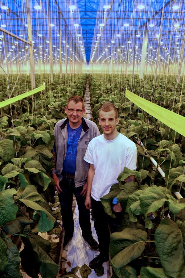 Peter de Jong met zijn zoon Tom.