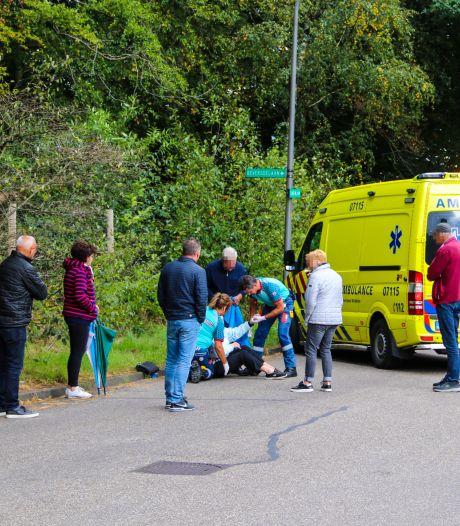Fietsster komt hard ten val nadat 'zadel van e-bike afbreekt' en raakt gewond