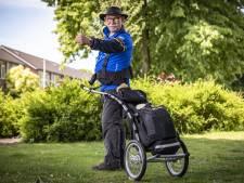 Superwandelaar Gerard uit Nijverdal is op de helft van 1400 km lange tocht door Nederland: 'Het gaat super!'