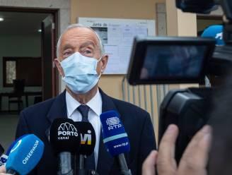Uittredend president Portugal herverkozen in eerste ronde verkiezingen