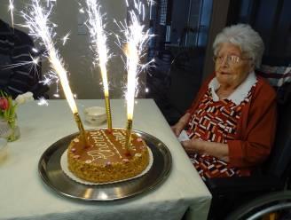 De Bron viert 100-jarige Thérèse De Jonge