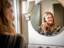 'Ik heb vooral zin om mijn tanden te poetsen', zegt Reinder uit Apeldoorn na 5 dagen leven als zwerver