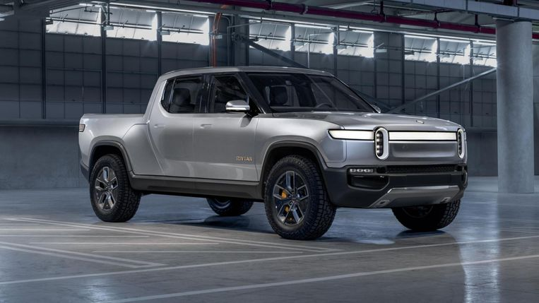 De pick-up is razend populair in de Verenigde Staten. Rivian levert de eerste elektrische variant van de personenwagen met een grote bak aan de achterkant.  Beeld Rivian
