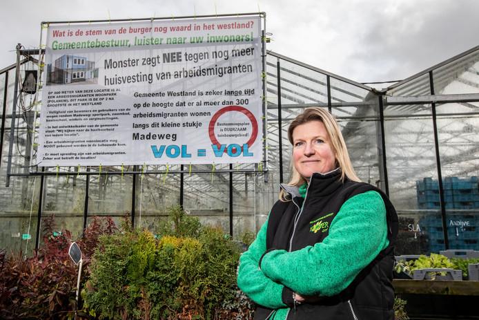 Volgens Chantal Knijnenburg wonen er meer dan voldoende arbeidsmigranten rondom de Madeweg in Monster.