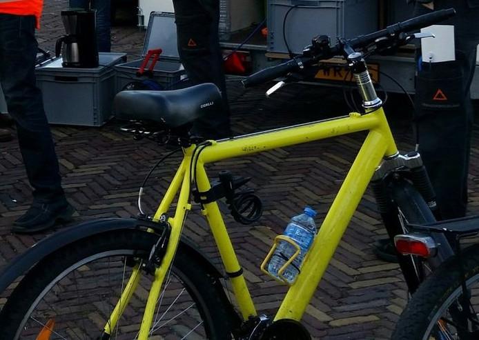 Gele fiets gestolen van verkeersregelaars tijdens Wantijpop.