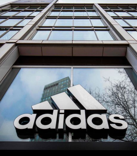 Adidas promet d'embaucher 30% de personnes de couleur